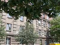 Praha 9 - Vysočany - apartmán k pronájmu - 18