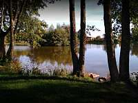 Struhařov, rybník - chalupa k pronájmu