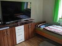 Ložnice č. 2 v 1.p. s kuchyňkou - Mnichovice