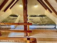 Apartmán se 2 ložnicemi - pronájem Lojovice