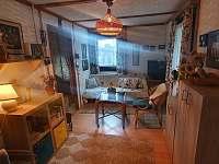 Obývací pokoj s tv - Březová - Oleško