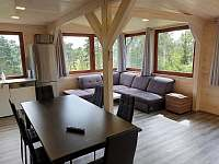 obývací pokoj - pronájem chaty Slapy