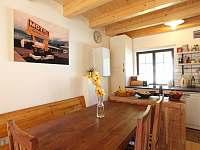 Jídelní stůl - chata ubytování Zbraslav - Strnady