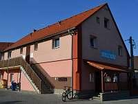 Levné ubytování Bazén Tuchlovice Apartmán na horách - Nučice