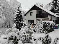 Chata v zimě - k pronajmutí Březová-Oleško