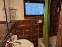 Koupelna s WC - Březová-Oleško