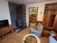 Obývací pokoj přízemí - chata ubytování Březová-Oleško