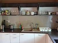 Vedeni- kuchyň vybavení - pronájem chaty Lštění