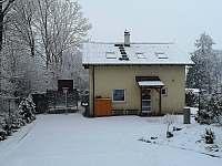 Vedeni- trampolína v zimě - Lštění