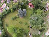 Chata s velkou zahradou Zadní Třebáň - k pronajmutí