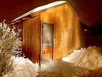 Masážní spa v zimě-teplota vody +38°C, vzduch cca -15°C.