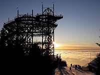 Stezka v oblacích v zimě - Horní Lipka