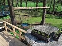 hřiště pro děti - chata k pronájmu Olešnice v Orlických horách