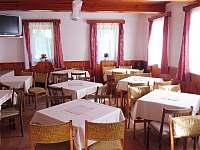 Jídelna - chata k pronájmu Zdobnice v Orlických horách
