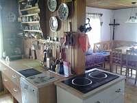 Kuchyně - pronájem chalupy Říčky v Orlických horách