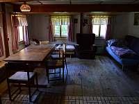 Obývací pokoj - pronájem chalupy Kvasiny