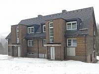 Apartmánový dům od severovýchodu - pronájem Říčky v Orlických horách