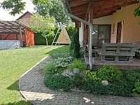 Zahrada - chalupa ubytování Solnice