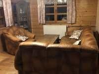 interiér obývacího pokoje, jídelny - chata k pronajmutí Uhřínov pod Deštnou