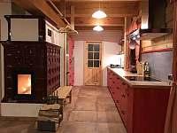 Kuchyňký kout - roubenka k pronajmutí Bartošovice v Orlických horách