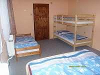 Apartmán v přízemí-pokoj