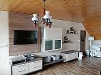 obývací pokoj s jídelnou -patro - Verměřovice