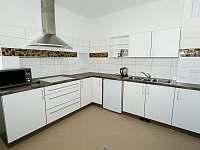 Kuchyň - pronájem chalupy Šanov u Červené Vody