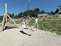 Dětské hřiště u penzionu Jiřinka - chata k pronajmutí Dolní Morava
