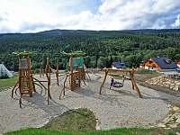 Dětské hřiště u penzionu Jiřinka - Dolní Morava