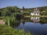 nádrž v centru obce - chata k pronájmu Česká Čermná