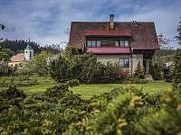 pohled zepředu - chata k pronájmu Česká Čermná