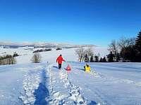 Chalupa Horní Orlice - kopce a sníh - pronájem