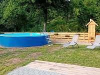 Bazén - chalupa k pronajmutí Dolní Dobrouč