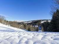 Apartmán 1+kk i 2+kk má samostatnou venkovní terasu s krásnými výhledy. - Říčky v Orlických horách
