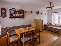 Kuchyň - chalupa k pronajmutí Sobkovice