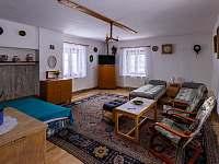 Ložnice, obývací pokoj - pronájem chalupy Sobkovice