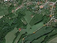 Chalupa na samotě a přesto nedaleko vesnice - letecký snímek - ubytování Osečnice