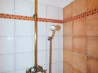Stylová sprcha z vás smyje veškerou únavu - Osečnice