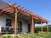 Pergola s plachtami proti slunci - apartmán ubytování Velká Morava