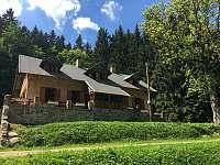 Chalupa Škola - uprostřed lesa - k pronajmutí Zdobnice