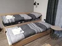 3. a 4. lůžko v obývacím pokoji - apartmán k pronajmutí Červená Voda
