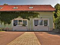 Parkoviště - apartmán ubytování Horní Třešňovec
