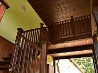 schodiště k apartmánu - k pronájmu Horní Třešňovec