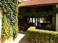 vstup k apartmánu - k pronájmu Horní Třešňovec