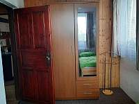 Pokoj č.1 - chata k pronájmu Deštné v Orlických horách
