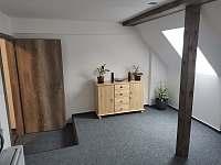 Apartmán - chalupa ubytování Studnice - Třtice