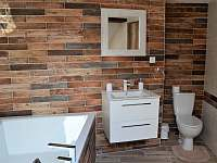 Koupelna - chalupa k pronajmutí Studnice - Třtice