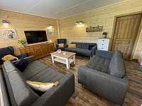 společenská místnost - chata k pronájmu Sedloňov