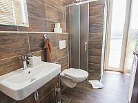 Koupelna 1. patro - apartmán k pronajmutí Červená Voda - Mlýnický Dvůr