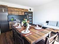 Obývací pokoj přízemí - apartmán k pronájmu Červená Voda - Mlýnický Dvůr